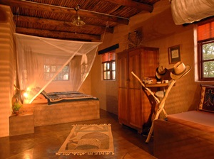 Eningu Clay House Lodge
